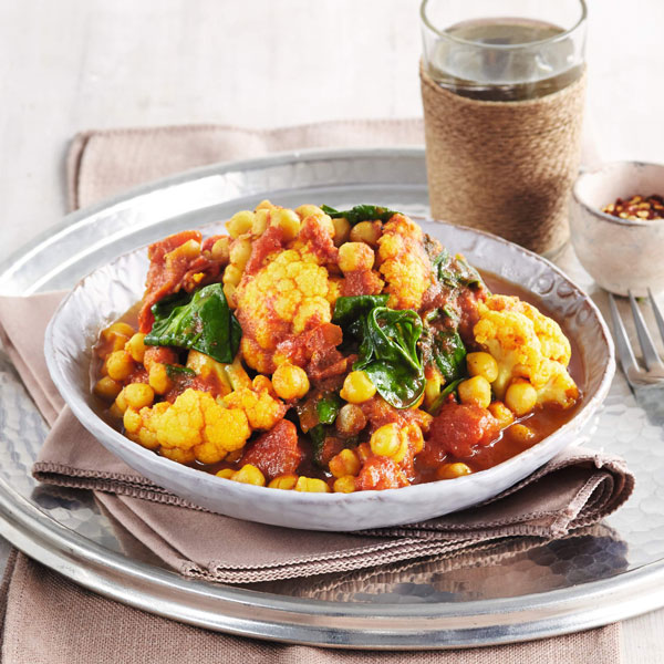 Cauliflower, chickpea and spinach curry - chickpea recipes - Slimming World Blog