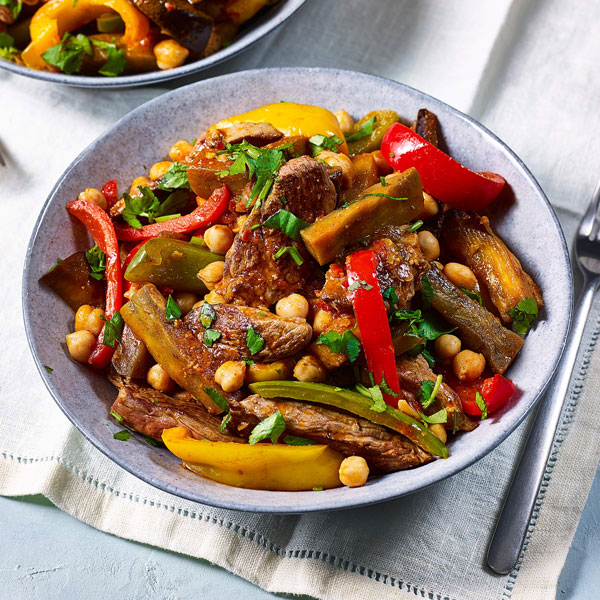 Moroccan lamb with aubergines and peppers - chickpea recipes - Slimming World Blog