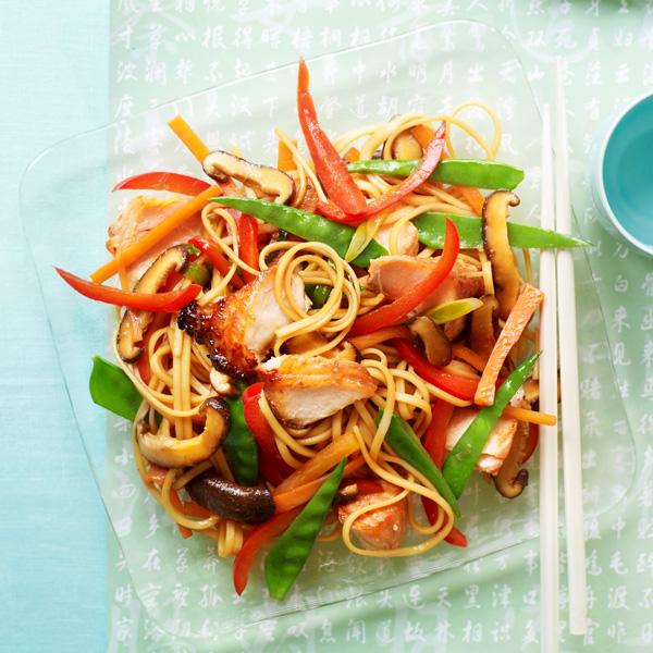 teriyaki-salmon-noodle-salad-slimming-world-blog